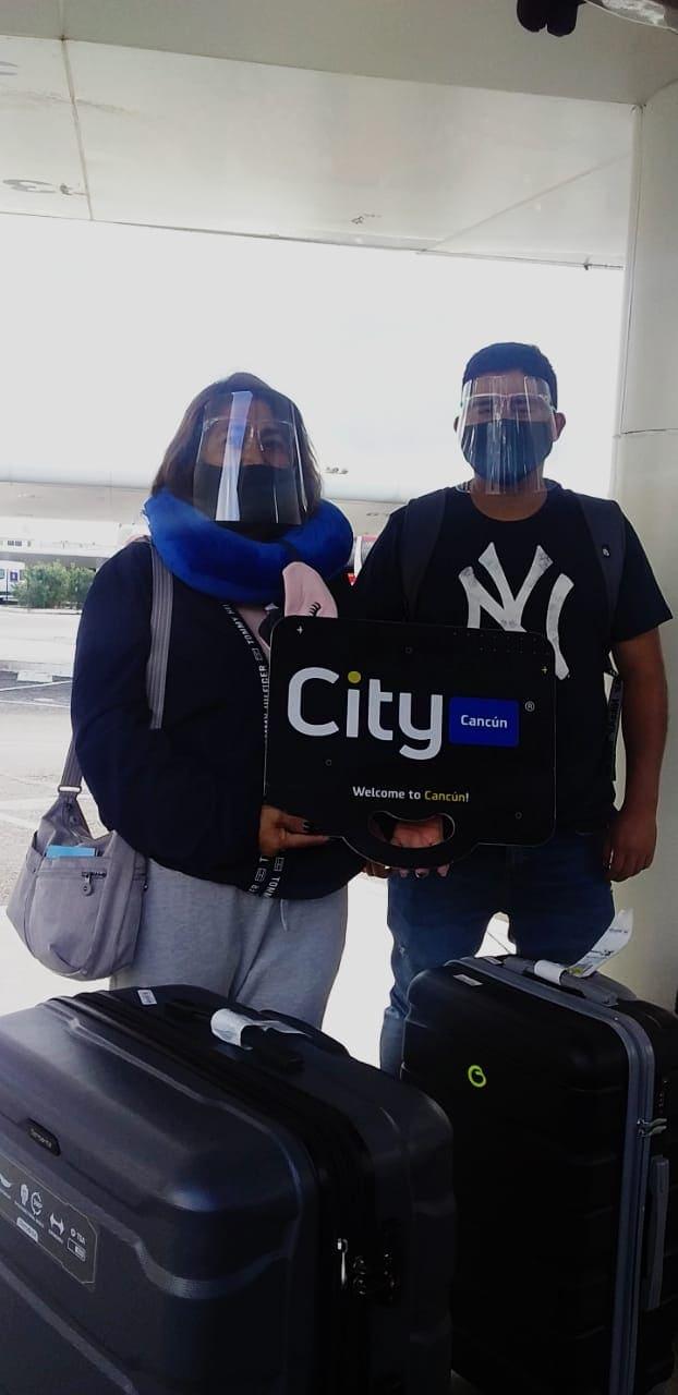 Our Clients Ignacio and Sofia in Cancun